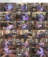 Девочка мстит свому рогоносцу в их домашней постельке!